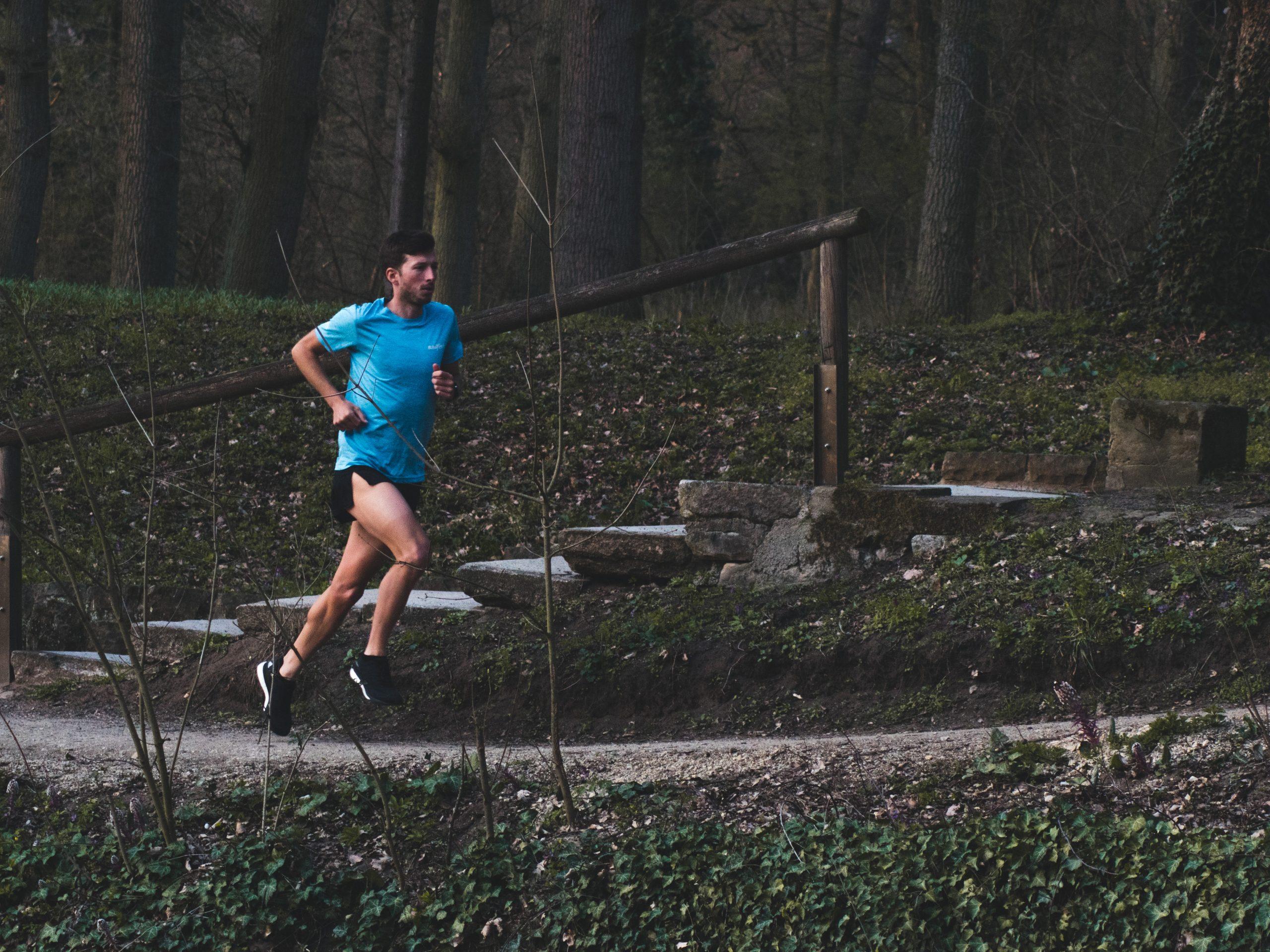 Felix Hentschel mit dem Versuch schneller zu laufen